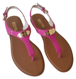 Michael Kors Gold Tone Hardware Size 7.5 Leather Color: Fuschia Sandals