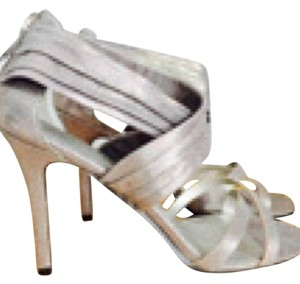 Nine West Pewter Grayish Silver Pumps