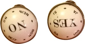 0 Degrees Yes/No Cuff links
