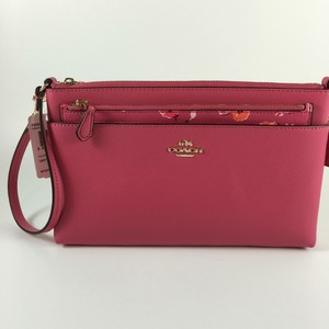 Coach Nwt Pop Pouch Leater Wallet Wristlet in DAHILA PINK