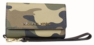 Michael Kors Camo Iphone 5/5s Wristlet in Camouflage