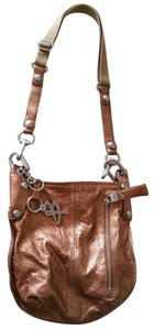 B. Makowsky Leather Classic Cross Body Bag