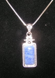 Elegant Blue Stone Pendant With Free Chain & Shipping