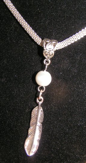Native Feather & Pearl Necklace Free Chain & Shipping