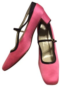 Roger Vivier Pink & Black Pumps