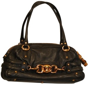 Gucci Classic Leather Satchel in Black