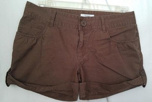 Old Navy 8 Women's Cuffed Shorts Brown