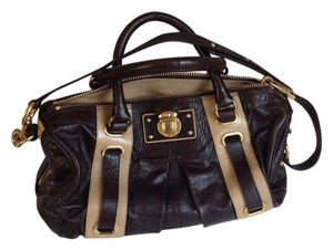 Marc Jacobs Stylish Satchel in Chocolate brown and tan