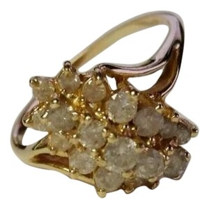 Diamond Cluster Ring in Yellow Gold - Size 8