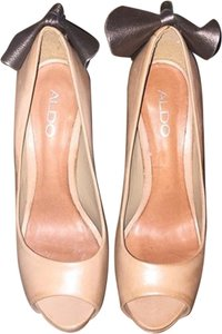 Aldo Bow nude pewter Pumps