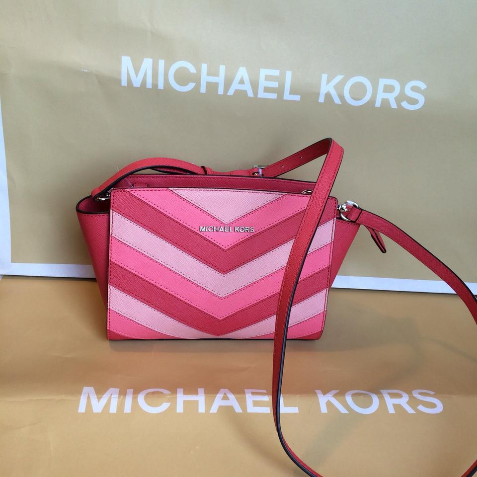 Medium Coral Messenger Selma Leather Michael Kors 61Off Retail Body Chevron Cross Bag vwOmN80ynP