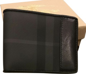 Burberry Burberry Grey Check Wallet