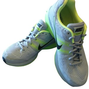 Nike Mens Lt. Gray / lime Athletic