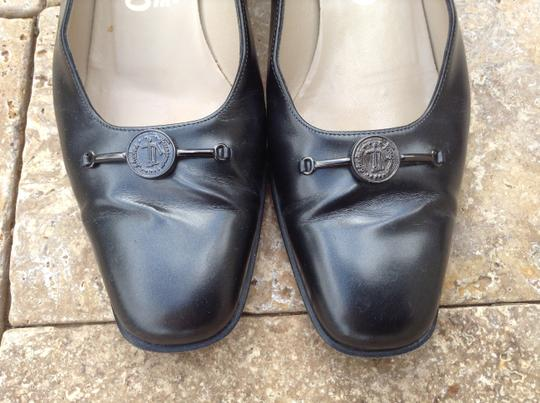 Salvatore Ferragamo Leather Vintage Charcoal/Black Pumps Image 2