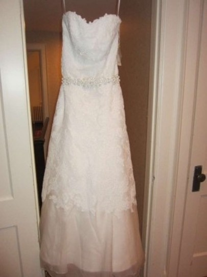 Watters & Watters Bridal White Silk Lace and Toille Style 01079b Lot 9174 Formal Wedding Dress Size 4 (S)