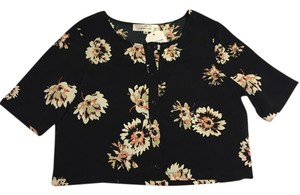 Oh My Love Button Down Crop Floral Top Black