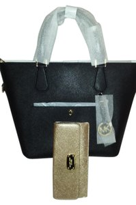 Michael Kors Greenwich Large Tote in Black