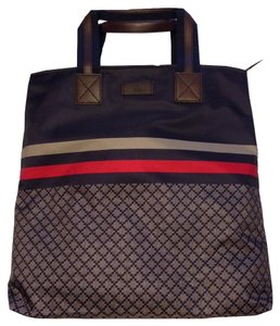 Gucci Shopper Shoulder Tote in Navy/Red