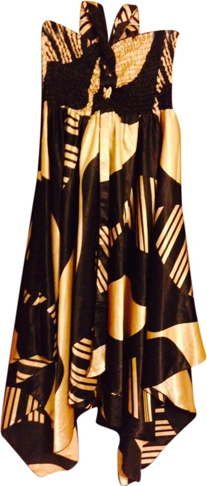 THE PYRAMID COLLECTION  Skirt Size Large