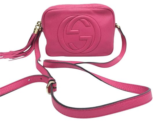 a0efa5a5662 Gucci Soho Soho Disco Disco Fuschia Leather Cross Body Bag - Tradesy