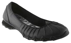 Skechers Bikers 7.5 Black Flats