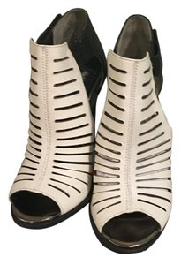 Sam Edelman Black and white Platforms