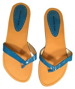 Gianni Bini Blue. Sandals