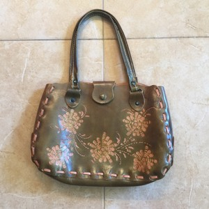 Wabags Vintage Leather Tote in Green