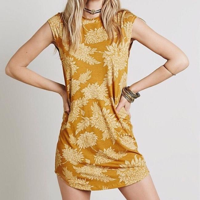 Item - Marigold Goldie Above Knee Short Casual Dress Size 4 (S)