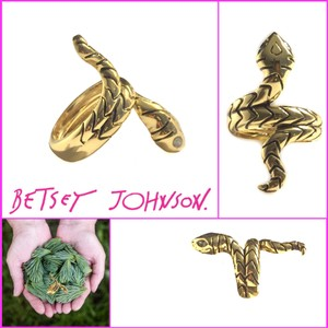 Betsey Johnson Betsey Snake Charmer Ring