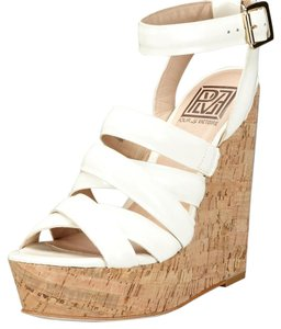 Pour La Victoire Date Night Night Out Espadrille Wedges