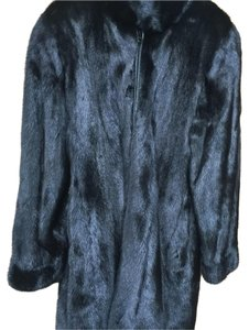 Fur salon Nordstroms Fur Coat