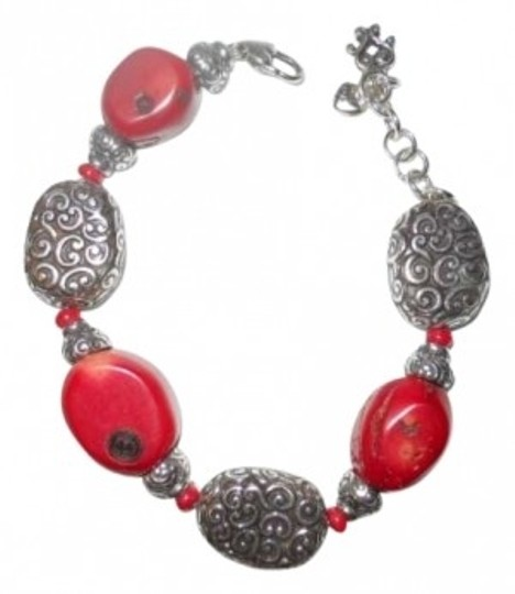 Preload https://item3.tradesy.com/images/brighton-silver-and-red-full-moon-rising-bracelet-157807-0-0.jpg?width=440&height=440