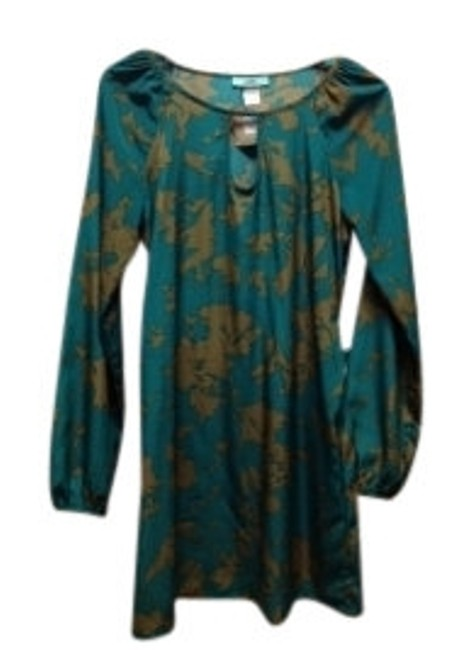 Preload https://img-static.tradesy.com/item/15781/karlie-green-and-gold-floral-long-sleeve-with-tie-waist-above-knee-short-casual-dress-size-10-m-0-0-650-650.jpg