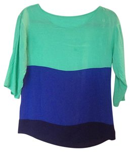 Old Navy Ombre Causual Stripes Top Blue