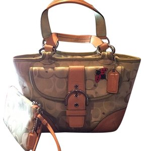 Coach Satchel in Multi-green/tan