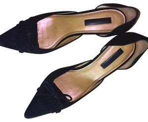 Unisa Black Pumps