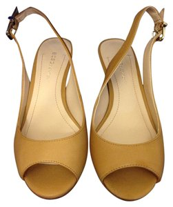 BCBGeneration Heels Bcbg Tan Wedges