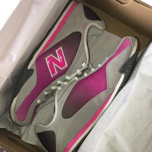 New Balance Fuchsia and Grey Athletic