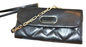 Marc Jacobs Quilted Leather Pochette Wallet Cross Body Bag