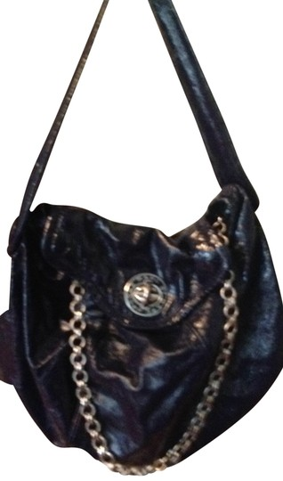 Preload https://item5.tradesy.com/images/marc-jacobs-purse-navy-blue-shoulder-bag-157844-0-0.jpg?width=440&height=440