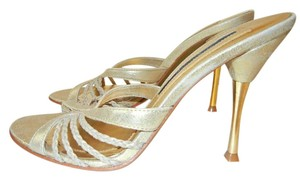 Laundry by Shelli Segal Open Toed Metallic Gold Sandals