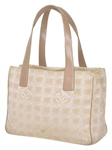 Chanel Tan Beige White Tote in Beige/Tan
