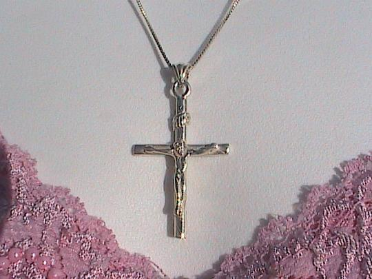 Vintage Italy Sterling Silver Crucifix Necklace