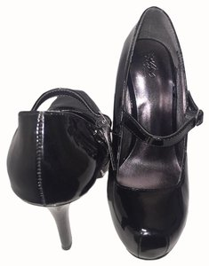 Mossimo Supply Co. Pumps Heels Rounded Toe 4 Inch Heels Easy Slip On Black Platforms