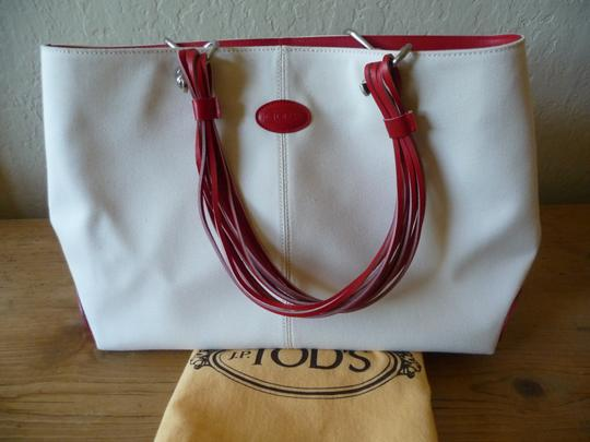 Tod's Canvas Summer Tote in Ivory & Red Image 7