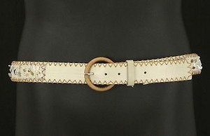 Worth Worth 42.5 75f02 Cream Leather Beachwood Adorned Belt B357