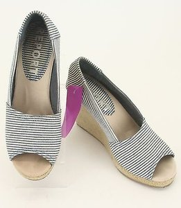 REPORT Navy White Stripe Burlap High Heel Wedge B179 Multi-Color Platforms