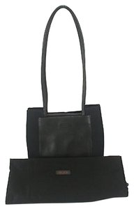 Tumi Smooth Leather And Shoulder Bag