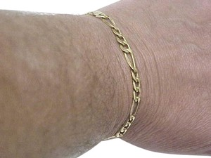 Solid 18k Yellow Gold Figaro Link Chain Bracelet 7